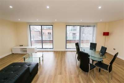 2 Bedrooms Penthouse Flat for rent in The Spectrum, 74 Duke Street, L1