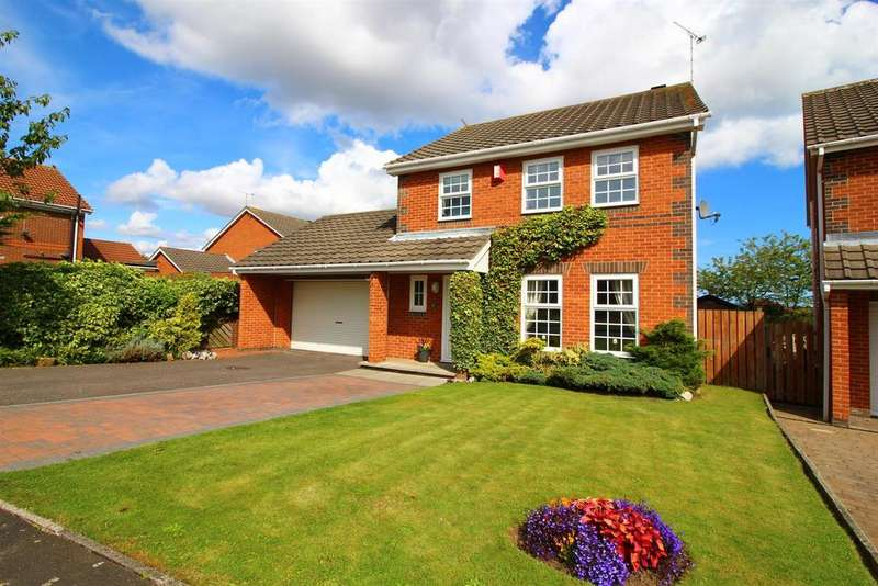4 Bedrooms Detached House for sale in Abbots Way, North Shields