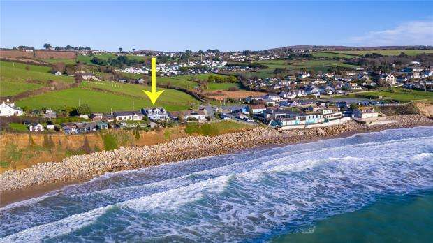 5 Bedrooms Detached House for sale in Praa Sands, Penzance, Cornwall