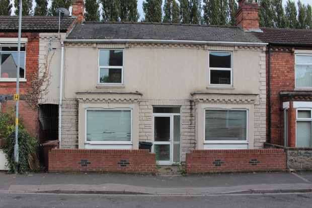 3 Bedrooms Terraced House for sale in Winn Street, Lincoln, Lincolnshire, LN2 5EY