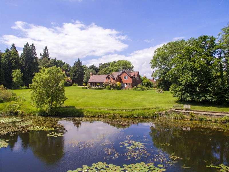 5 Bedrooms Detached House for sale in Broad Oak, Heathfield