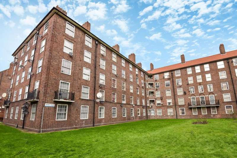 2 Bedrooms Flat for sale in Old Kent Road, Borough