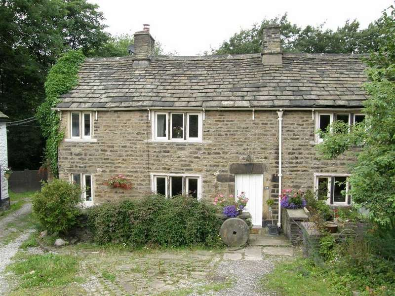 4 Bedrooms Semi Detached House for rent in Hague Street, Glossop, Glossop