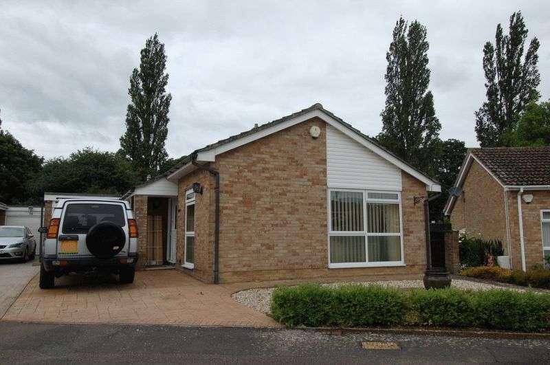3 Bedrooms Property for sale in Beagles Close, Gosford, Kidlington