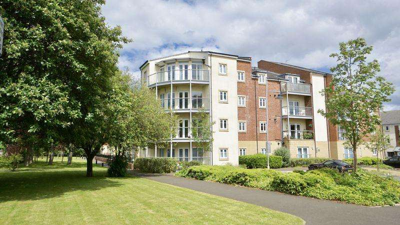 2 Bedrooms Apartment Flat for sale in Manor Park, Benton