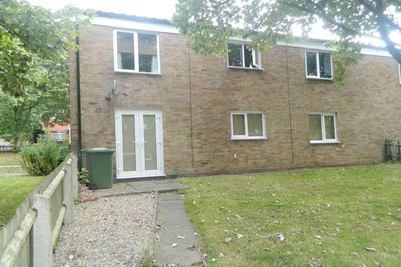 2 Bedrooms Flat for rent in Coralin Close, Birmingham, B37