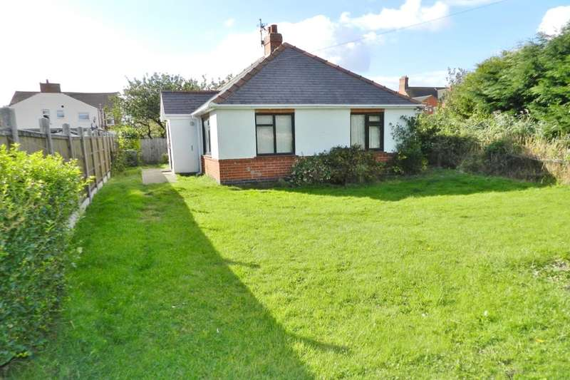 3 Bedrooms Detached Bungalow for sale in Victoria Road, Mablethorpe, LN12