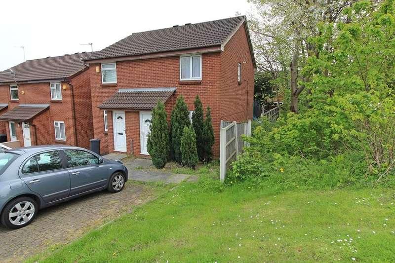 2 Bedrooms Semi Detached House for sale in Livinia Grove, Leeds, LS7