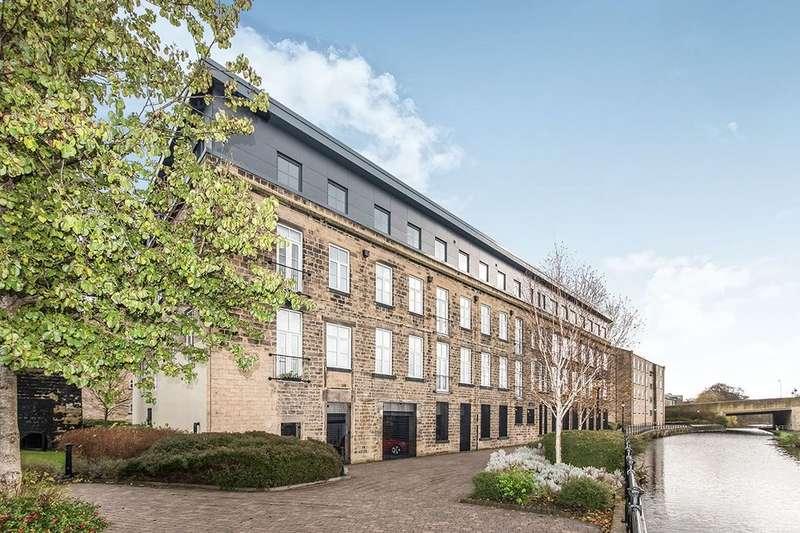 2 Bedrooms Flat for rent in Britannia Wharf, Bingley, BD16