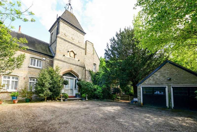 6 Bedrooms Semi Detached House for rent in The Knoll Beckenham BR3
