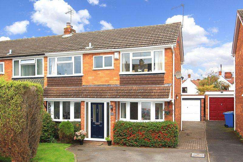 3 Bedrooms Semi Detached House for sale in WOMBOURNE, Calvin Close
