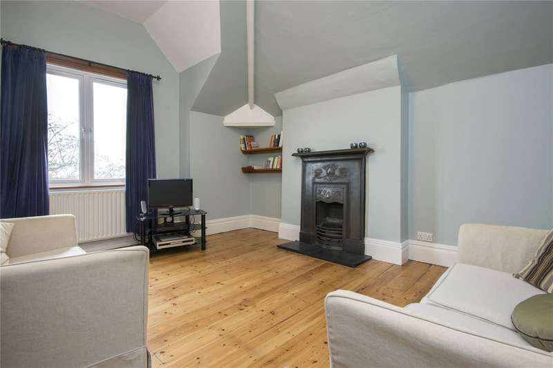 2 Bedrooms Flat for sale in St. Andrews Mansions, 163 Lower Clapton Road, London, E5