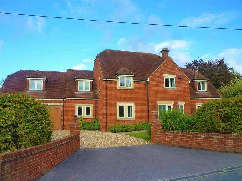 4 Bedrooms Detached House for sale in Edington