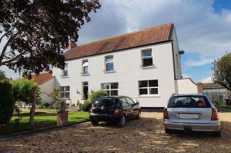 4 Bedrooms Semi Detached House for sale in 30 Highbridge Road, Burnham-On-Sea