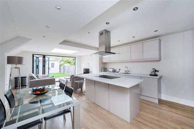 2 Bedrooms Flat for sale in Melbourne Grove, East Dulwich