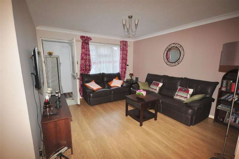 1 Bedroom Ground Maisonette Flat for sale in Davies Close, , Croydon, Surrey