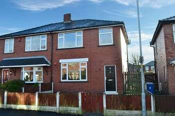 3 Bedrooms Semi Detached House for sale in Crawford Avenue, Aspull, Wigan, WN2 1SE