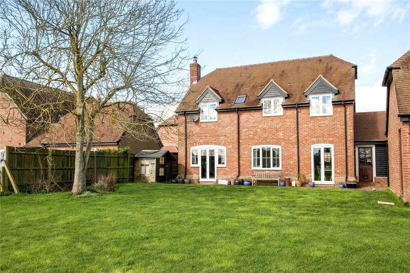 4 Bedrooms Detached House for sale in The Pightle, Peasemore, Newbury, Berkshire, RG20