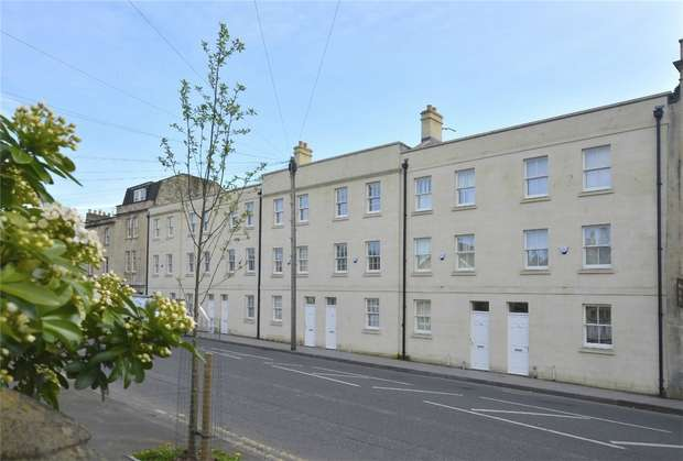 4 Bedrooms Town House for rent in Monmouth Place, Bath