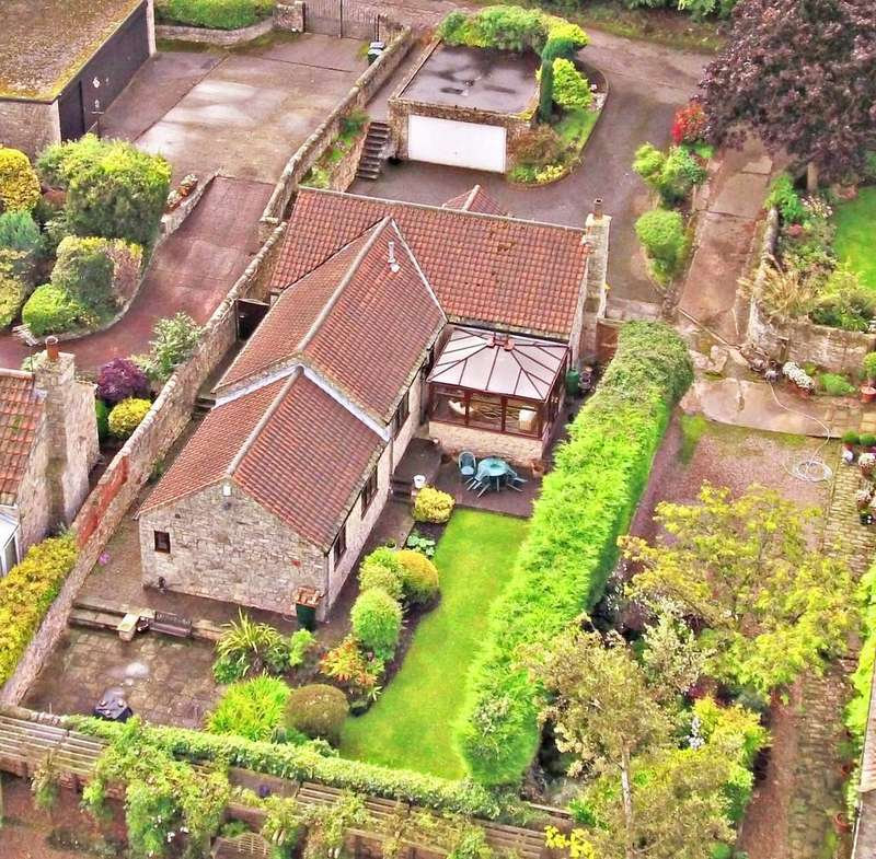 3 Bedrooms Detached Bungalow for sale in Rectory Gardens, Old Edlington