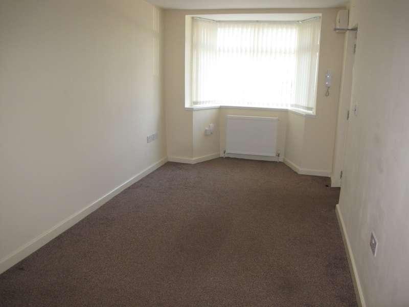 2 Bedrooms Apartment Flat for rent in Elmdon Lane, Birmingham