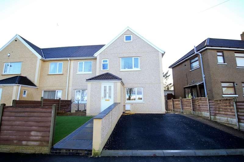 4 Bedrooms Semi Detached House for sale in Bevan Crescent, Blackwood, NP12