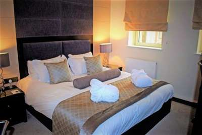 2 Bedrooms Flat for rent in Mansio Suites, 117 The Headrow, Leeds City Centre