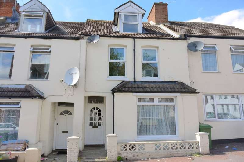 3 Bedrooms Terraced House for sale in Marshall Street, Folkestone, CT19