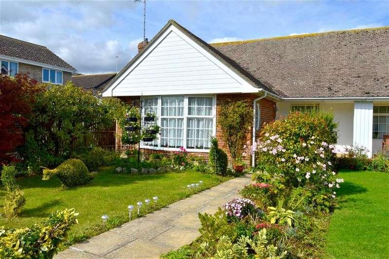 3 Bedrooms Semi Detached Bungalow for sale in Blue Haze Avenue, Seaford, East Sussex