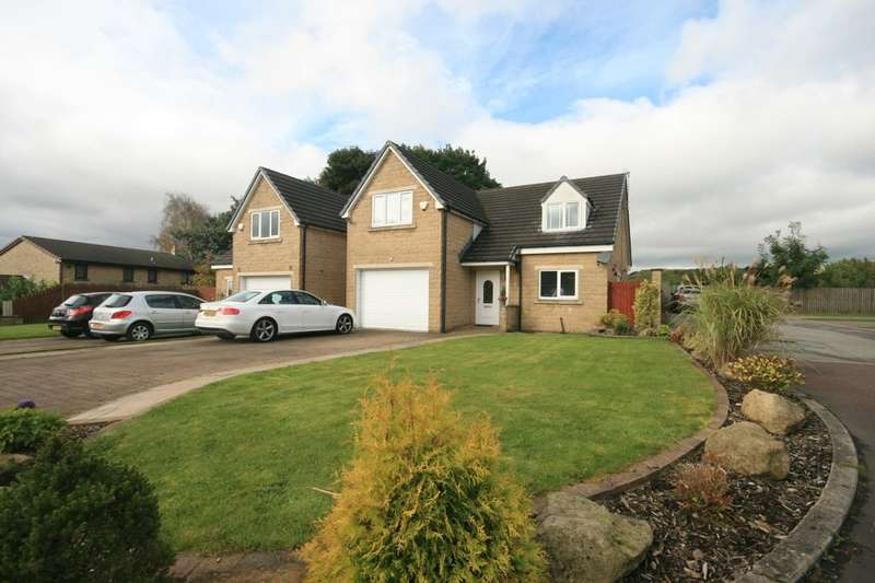 4 Bedrooms Detached House for rent in Victoria Court, Haslingden, Rossendale, BB4
