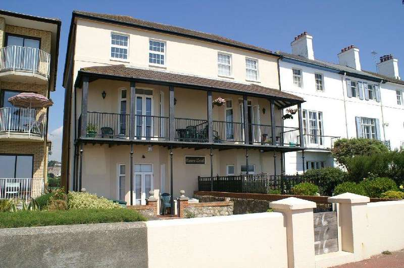 2 Bedrooms Flat for sale in Marina Court, 76-78 Marine Parade, Hythe