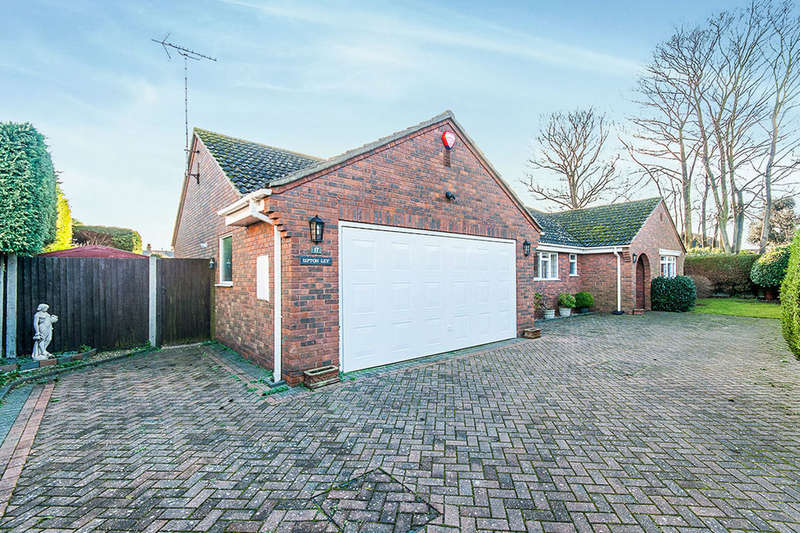 3 Bedrooms Detached Bungalow for sale in Vale Road, Broadstairs, CT10