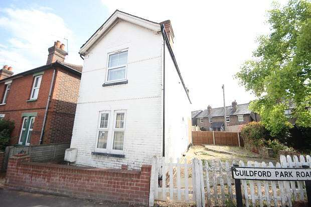 4 Bedrooms House for rent in Guildford Park Road, Guildford