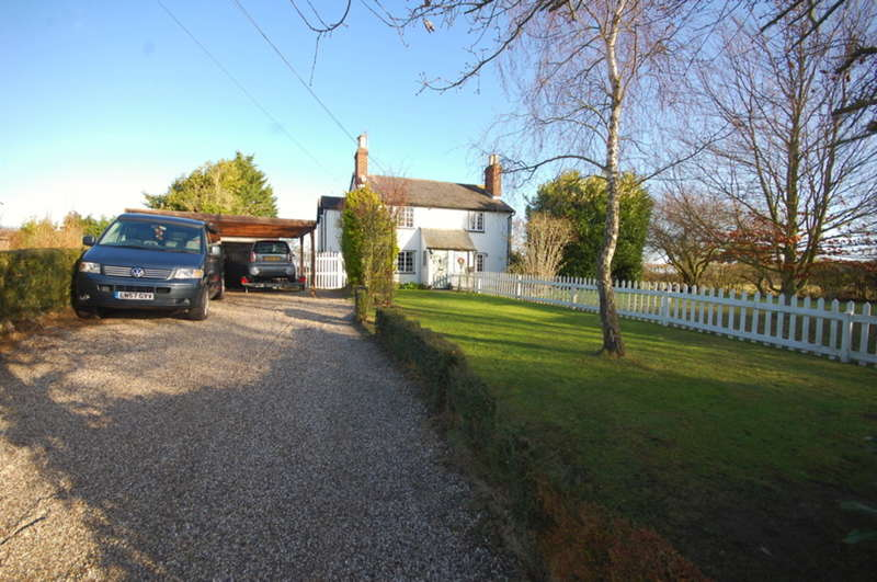 3 Bedrooms Semi Detached House for sale in Daisleys Lane, Little Waltham, Chelmsford, CM3