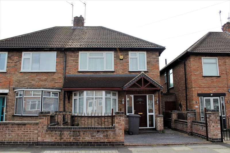 3 Bedrooms Semi Detached House for rent in Lydford, Leicester