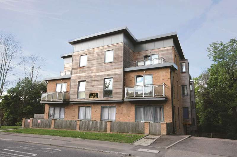 2 Bedrooms Apartment Flat for sale in Apsley Borders