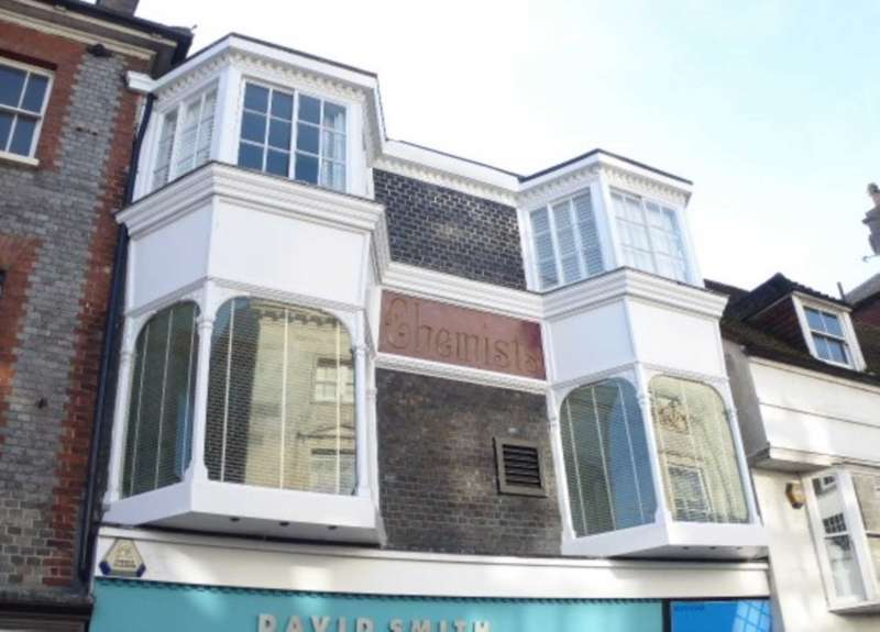 3 Bedrooms Maisonette Flat for sale in High Street, Lewes