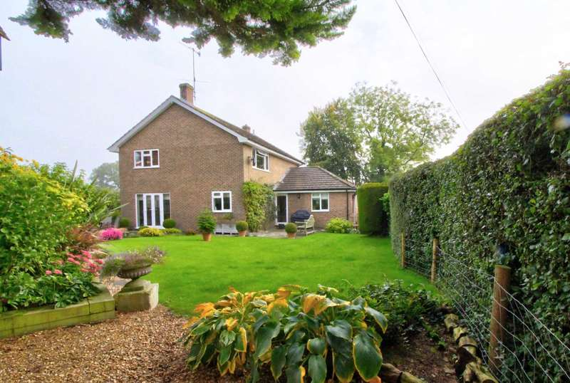 4 Bedrooms Detached House for sale in Holly House, East Grimstead