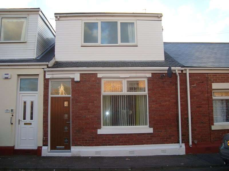 2 Bedrooms Property for sale in Thomas Street South, Ryhope, Sunderland, Tyne & Wear, SR2 0PD