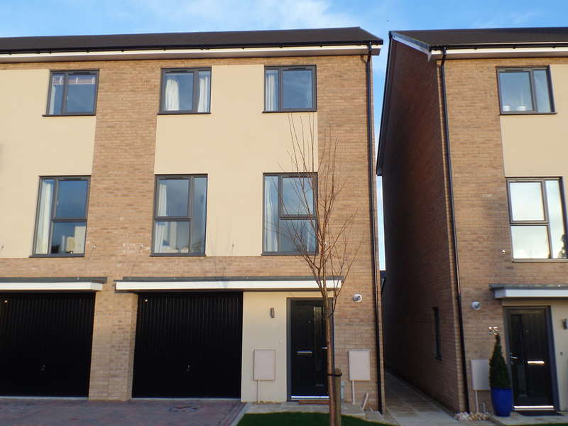 1 Bedroom House Share for rent in St John Close, Peterborough. PE3 6GZ