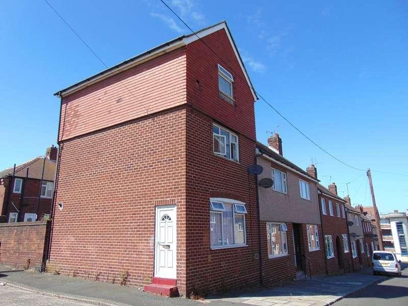 4 Bedrooms Property for sale in Drury Lane, Hendon, Sunderland, Tyne and Wear, SR1 2AW