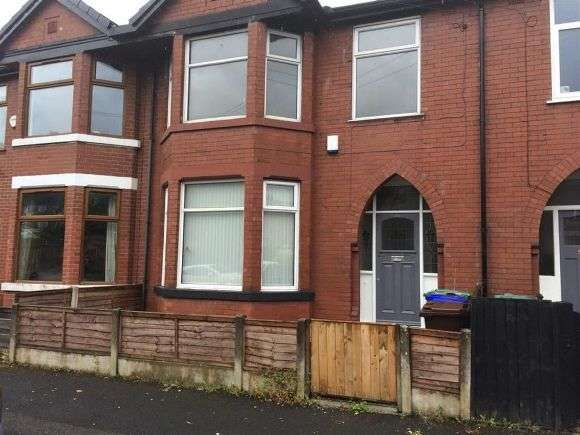 3 Bedrooms Terraced House for rent in Milton Grove, Whalley Range, Manchester