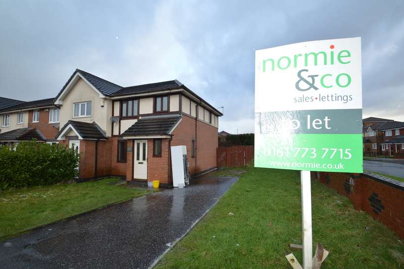 3 Bedrooms Semi Detached House for rent in St Michaels Gardens, Whitefield, Manchester, M45