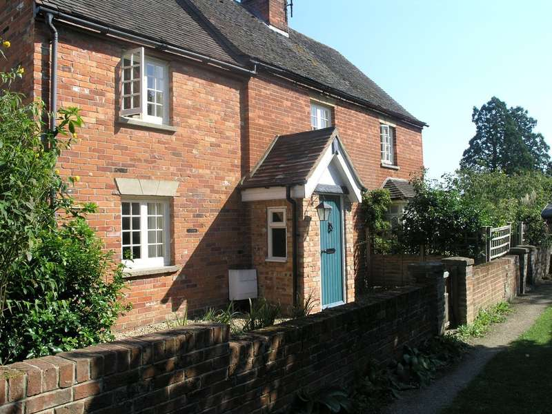 3 Bedrooms Cottage House for rent in Hammer Lane, Warborough