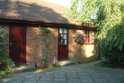 1 Bedroom Studio Flat for rent in High Halden, Kent