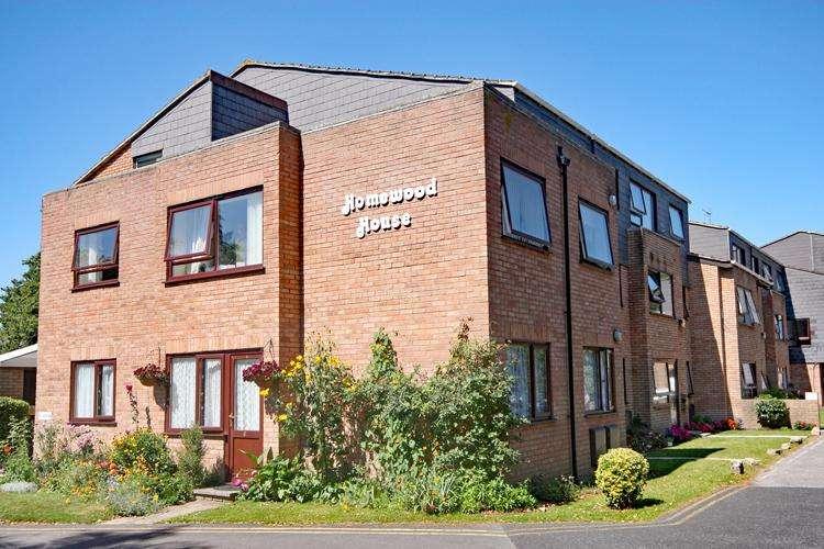1 Bedroom Flat for sale in Homewood House, Milford Road, Pennington, Lymington SO41