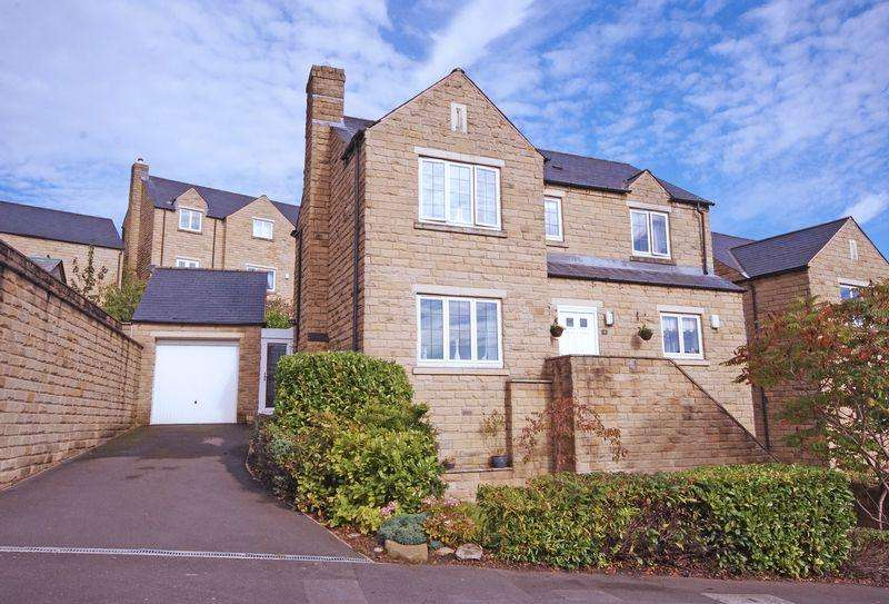 5 Bedrooms Detached House for sale in 3 Ryestone Drive, Ripponden, HX6 4JW