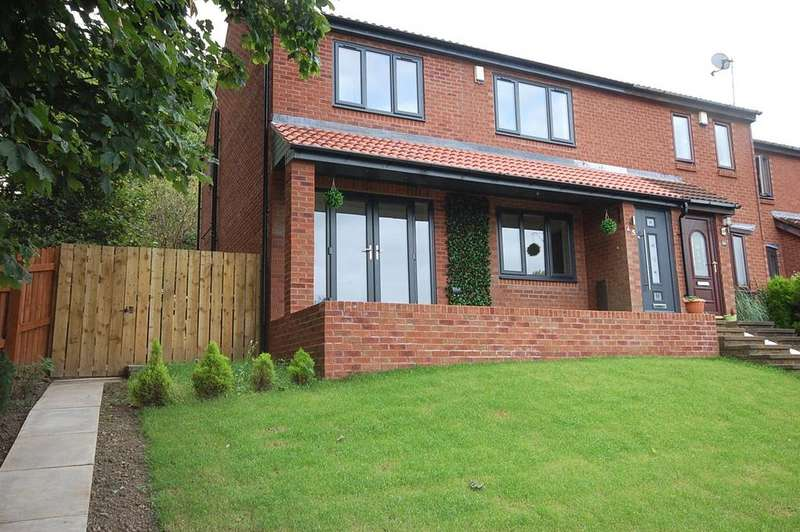3 Bedrooms Semi Detached House for sale in Whickham