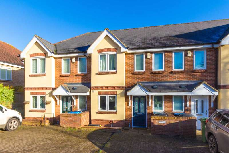 3 Bedrooms House for sale in High Street, Northchurch