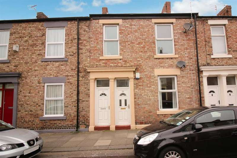 3 Bedrooms Flat for sale in West Percy Street, North Shields